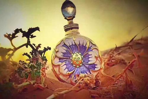 迪拜香精火了 这种迪拜香水你知道怎么用吗?